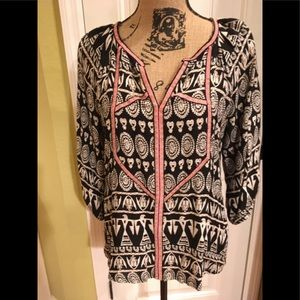 Boho style shirt too cute Forever 21 size Small